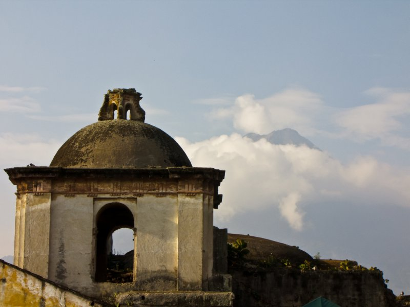 Antigua, Guatemala - Antigua and its Volcano