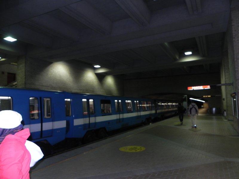 montreal metro trains
