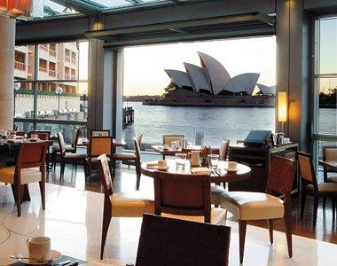 Park_Hyatt_restaurant.jpg