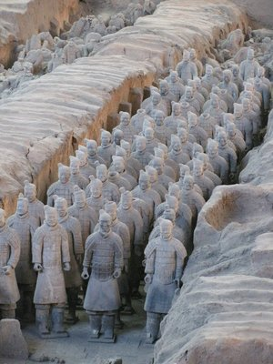 terracotta warrior lineup