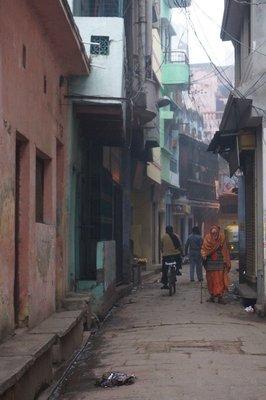 Varanasi alley way