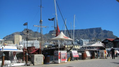 There be pirates at the V&A Waterfront.  Cape Town