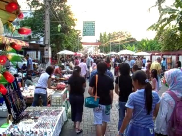 Chiang Mai's Unique Weekend Walking Markets