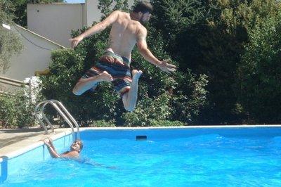 5swimming_p..anjaron.jpg
