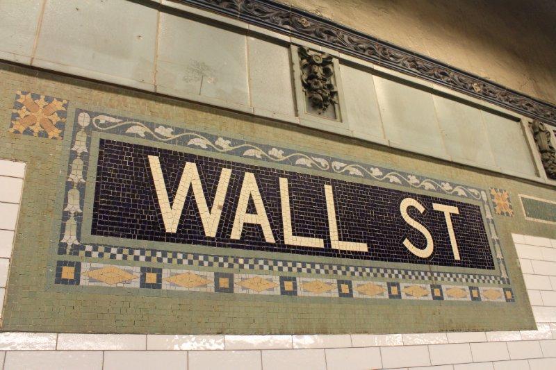 The subway - Wall St