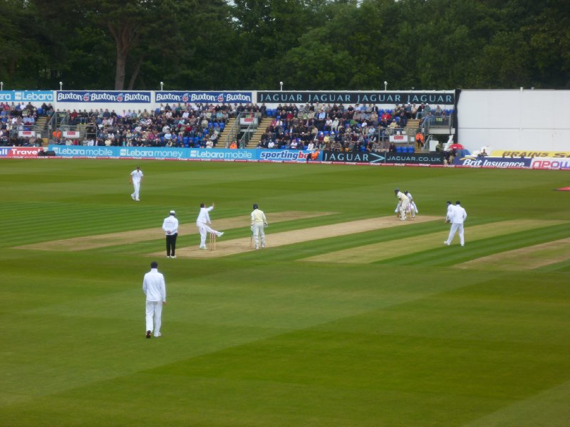 Swann approaches the crease