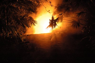 Volcan Arenal hotsprings at night