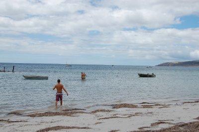 beauty_beach_bathing.jpg