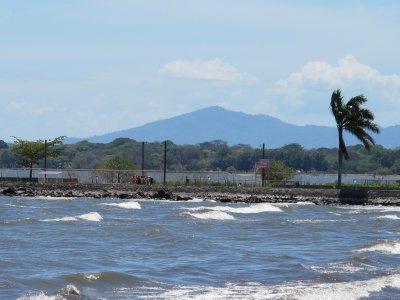 The murky waters of Lago Nicaragua