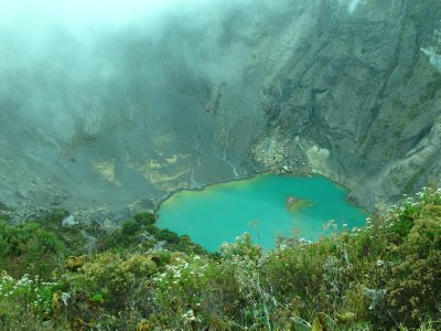 The crater of Volcán Irazu -the highest peak in Costa Rica