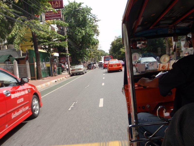 Tuk Tuk Crazy driving