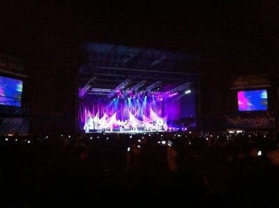 Juanes_Sea_of_LCDs.jpg