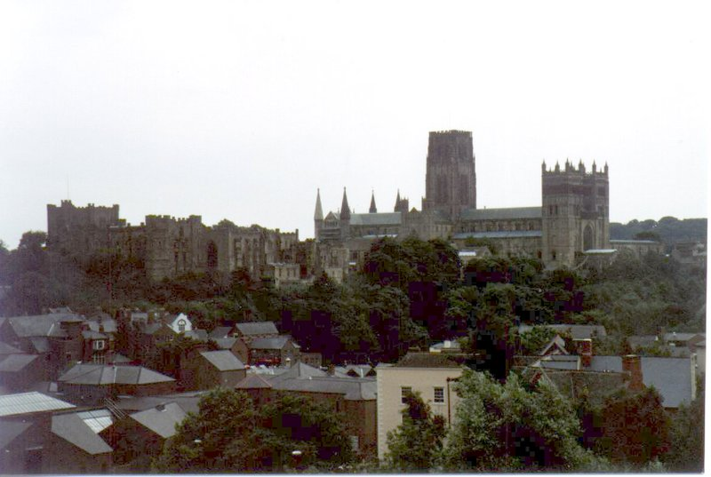 large_Cathedral_e_Castel.jpg