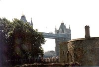 London_Bridge_02.jpg