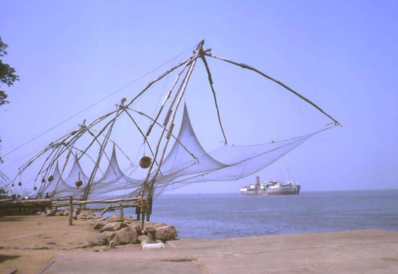 large_Chinese_fishing_nets.jpg