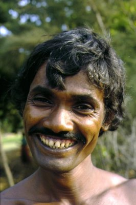 man_laugh_india.jpg
