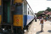 3rd Class Train Bangkok to Aranyaprathet