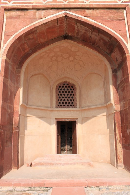 large_4_tomb_entry.jpg