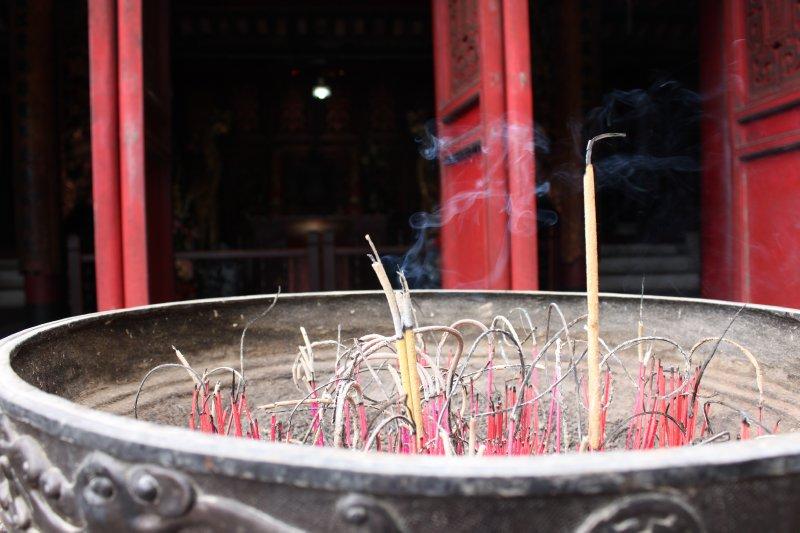 large_6_burning_incense.jpg