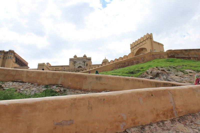 large_6_fort_walls.jpg