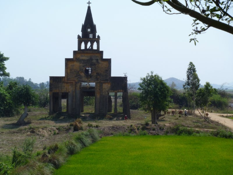 large_6_giang_son_church.jpg