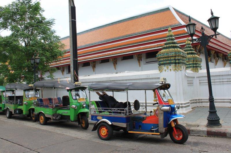 large_bangkok_tuktuk.jpg
