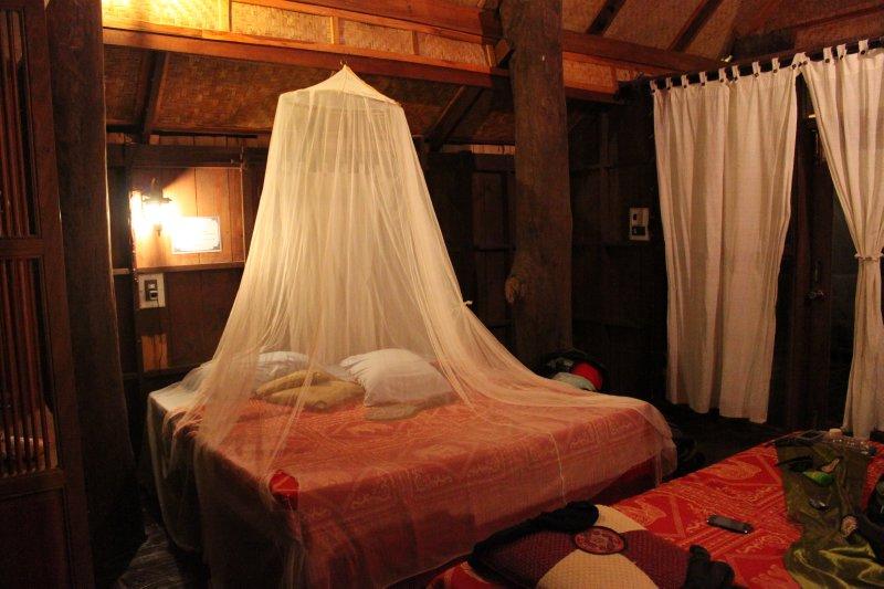 large_bungalo.jpg