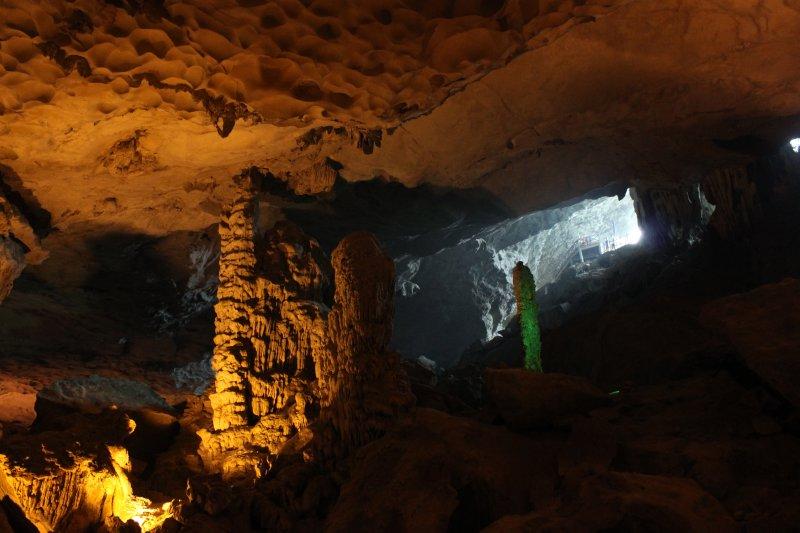 large_cave.jpg