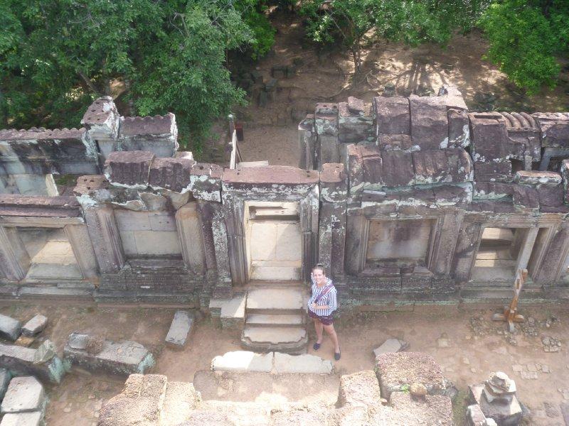 large_kirby_ruins.jpg