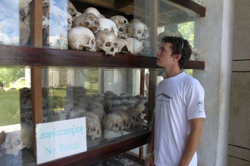large_me_at_skulls.jpg