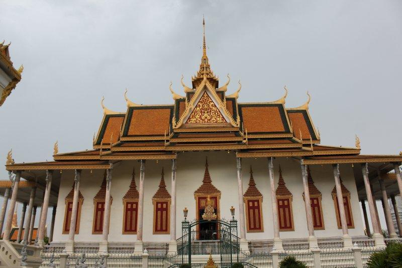 large_palace.jpg