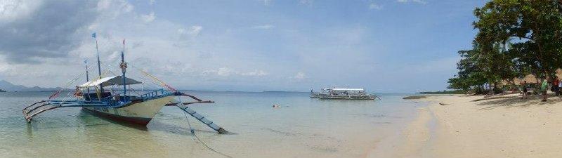large_Honda_Bay_Island_Boats.jpg