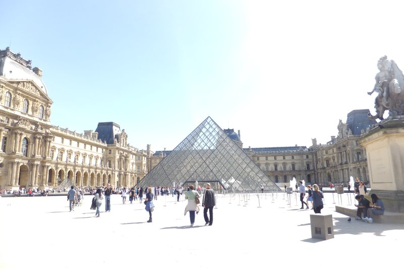 large_Louvre_View.jpg