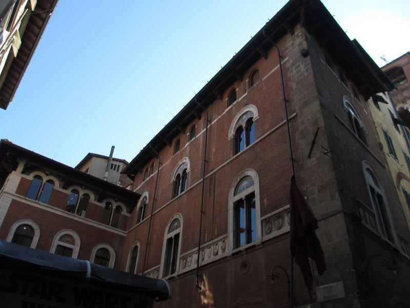 Building in Lucca