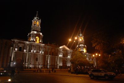 Arequipa - Cathedral at night (2)