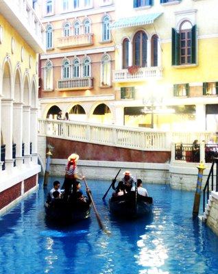 The Gondola Canal inside Venetian Hotel :)