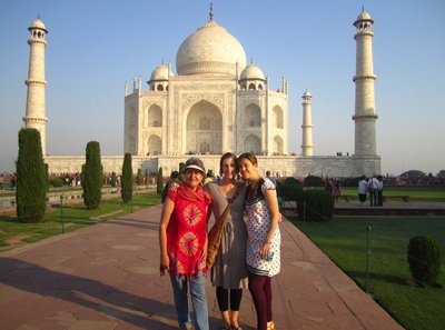 Mercedes, Me and Isabel, Taj-style