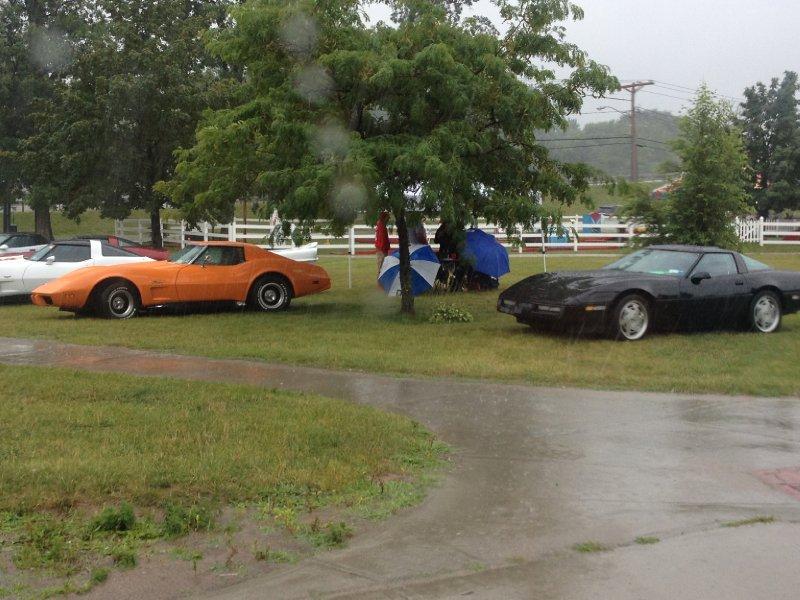 A wet vette show.