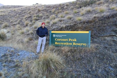 nz (2031) coronet peak signage suppose snow in there