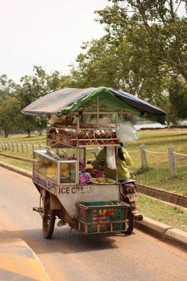 Food stall on wheels, just outside of Angkor Wat on the way to Angkor Thom