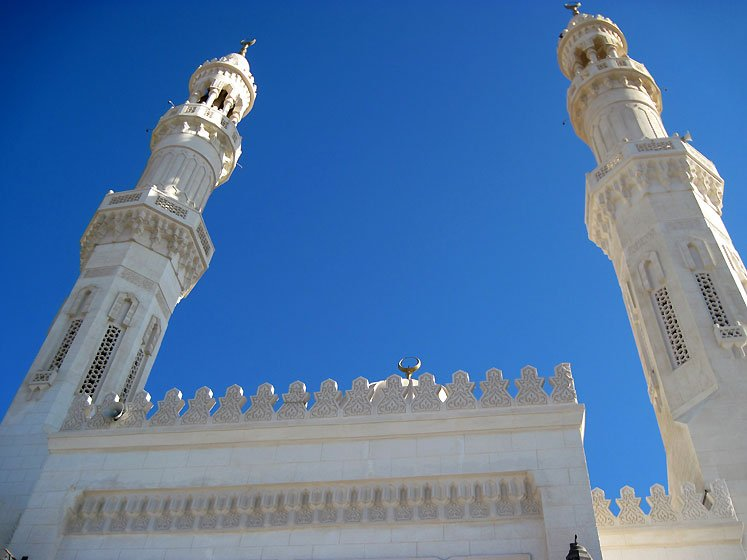 Egypt-a-mosque-in-Hurghada-8767