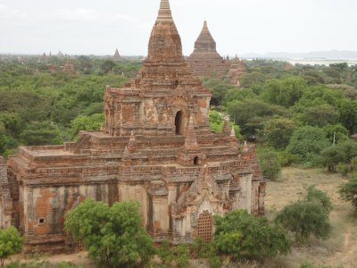 2,500 temples lay around us