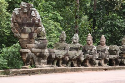 The gate to Bayon temple