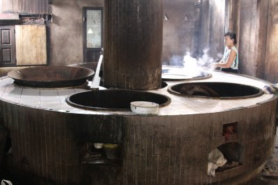 Giant woks are required to cook for 1,500 monks