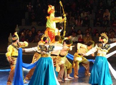 Malaysian Dancers