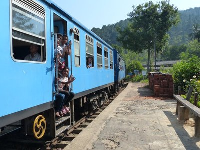 Train to Nuwara Eliya at the Ella Station