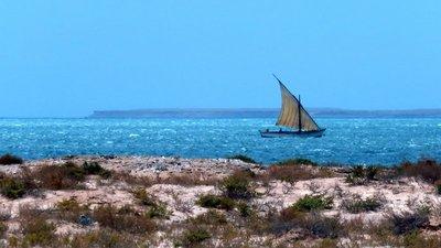 Local Imragen Fishing Boat