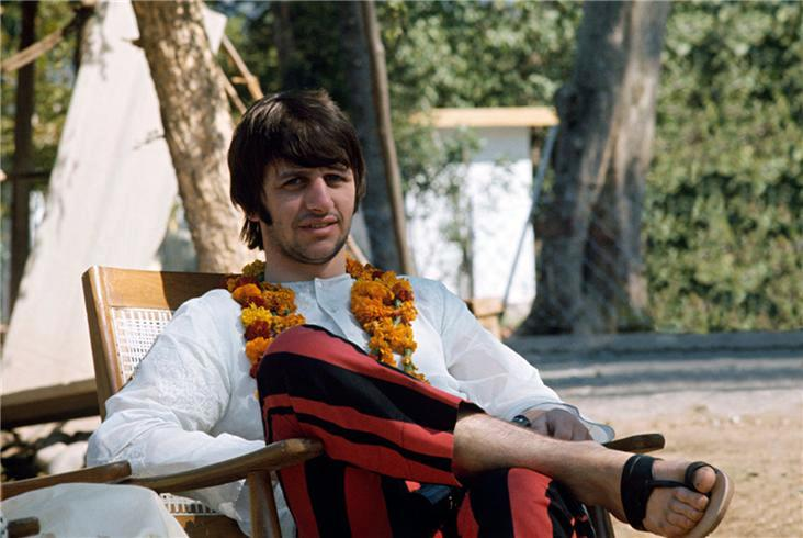 large_09-Beatles_14.jpg