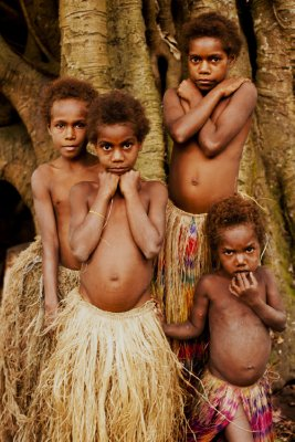 Local girls, Tanna Island