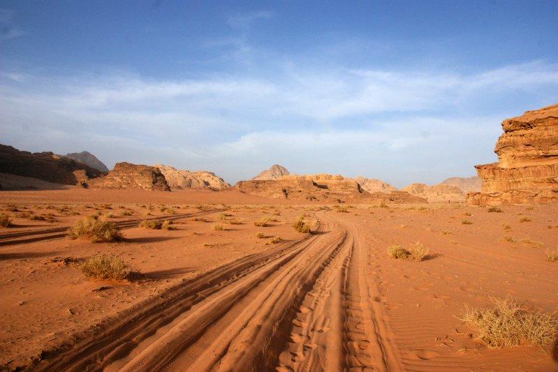 Jeep tracks in the fine desert sand